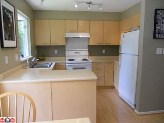 """Photo 4: 29 15968 82ND Avenue in Surrey: Fleetwood Tynehead Townhouse for sale in """"Shelbourne Lane"""" : MLS®# F1119632"""