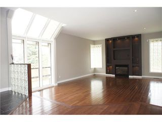 Photo 2: 3060 GREENWOOD Place in Burnaby: Montecito House for sale (Burnaby North)  : MLS®# V907826