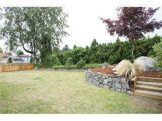 Photo 8: 3060 GREENWOOD Place in Burnaby: Montecito House for sale (Burnaby North)  : MLS®# V907826