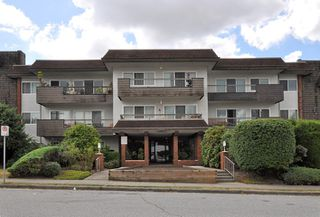 Photo 1: 112 13530 HILTON Road in Surrey: Bolivar Heights Condo for sale (North Surrey)  : MLS®# F1221645