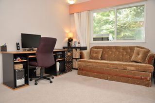 Photo 12: 112 13530 HILTON Road in Surrey: Bolivar Heights Condo for sale (North Surrey)  : MLS®# F1221645