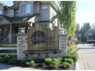 "Photo 16: 39 19250 65TH Avenue in Surrey: Clayton Townhouse for sale in ""Sunberry Court"" (Cloverdale)  : MLS®# F1424901"