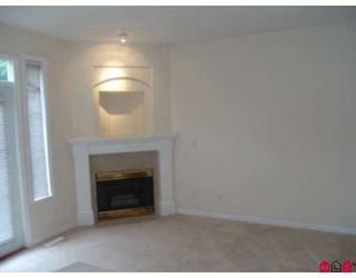 """Photo 3: 6950 120TH Street in Surrey: West Newton Townhouse for sale in """"COUGAR CR."""" : MLS®# F2619531"""