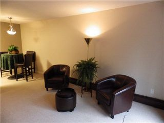 Photo 2: 203 1442 BLACKWOOD Street: White Rock Condo for sale (South Surrey White Rock)  : MLS®# F1445500