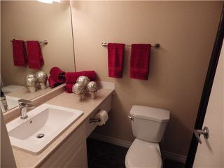 Photo 14: 203 1442 BLACKWOOD Street: White Rock Condo for sale (South Surrey White Rock)  : MLS®# F1445500