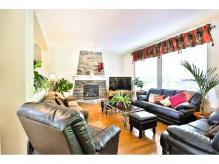 """Photo 3: 3383 145A Street in Surrey: Elgin Chantrell House for sale in """"Sandpiper Crescent"""" (South Surrey White Rock)  : MLS®# F1450330"""