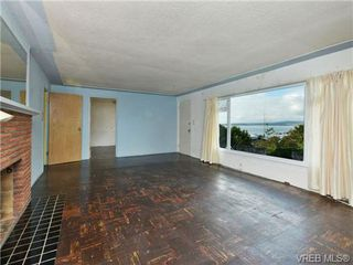 Photo 15: 318 Clifton Terrace in VICTORIA: Es Saxe Point Single Family Detached for sale (Esquimalt)  : MLS®# 357253