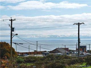 Photo 4: 318 Clifton Terrace in VICTORIA: Es Saxe Point Single Family Detached for sale (Esquimalt)  : MLS®# 357253