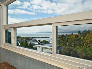 Photo 12: 318 Clifton Terr in VICTORIA: Es Saxe Point House for sale (Esquimalt)  : MLS®# 714838