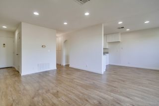 Photo 6: OCEANSIDE Condo for sale : 2 bedrooms : 4216 La Casita Way ##2
