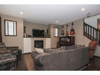 Photo 3: 202 ELGIN Rise SE in Calgary: McKenzie Towne House for sale : MLS®# C4049273