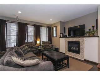 Photo 7: 202 ELGIN Rise SE in Calgary: McKenzie Towne House for sale : MLS®# C4049273
