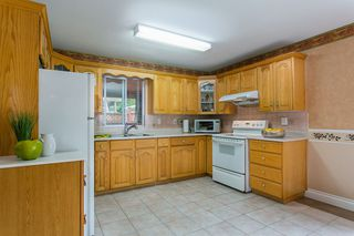 Photo 10: 902 HERRMANN Street in Coquitlam: Meadow Brook House for sale : MLS®# R2078313