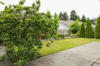 Photo 17: 902 HERRMANN Street in Coquitlam: Meadow Brook House for sale : MLS®# R2078313