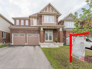 Main Photo: 16 Poncelet Road in Brampton: Northwest Brampton House (2-Storey) for sale : MLS®# W3562943