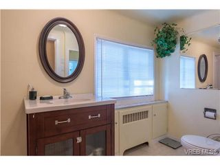 Photo 10: 2817 Murray Dr in VICTORIA: SW Portage Inlet Single Family Detached for sale (Saanich West)  : MLS®# 738601