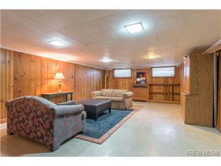 Photo 12: 2817 Murray Dr in VICTORIA: SW Portage Inlet House for sale (Saanich West)  : MLS®# 738601