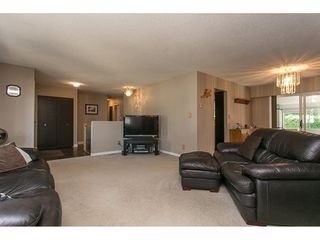 Photo 4: 2470 SUNNYSIDE Place in Abbotsford: Abbotsford West House for sale : MLS®# R2101365