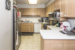 """Photo 8: 102 10538 153 Street in Surrey: Guildford Townhouse for sale in """"Regents Gate"""" (North Surrey)  : MLS®# R2119812"""