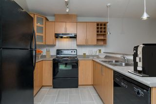 Photo 11: 413 3142 ST. JOHNS Street in Port Moody: Port Moody Centre Condo for sale : MLS®# R2133208