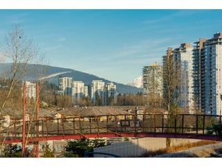 Photo 2: 413 3142 ST. JOHNS Street in Port Moody: Port Moody Centre Condo for sale : MLS®# R2133208