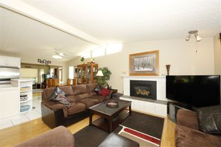 "Photo 3: 41532 RAE Road in Squamish: Brackendale House for sale in ""Brackendale"" : MLS®# R2133343"