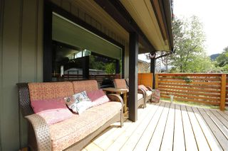 "Photo 15: 41532 RAE Road in Squamish: Brackendale House for sale in ""Brackendale"" : MLS®# R2133343"