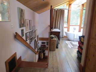 Photo 12: 364 CREEK Road: Bowen Island House for sale : MLS®# R2133978