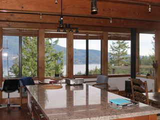 Photo 5: 364 CREEK Road: Bowen Island House for sale : MLS®# R2133978