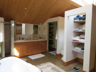 Photo 14: 364 CREEK Road: Bowen Island House for sale : MLS®# R2133978