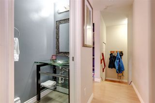 Photo 8: 2118 TRIUMPH Street in Vancouver: Hastings Townhouse for sale (Vancouver East)  : MLS®# R2137570