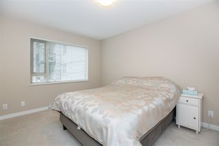 """Photo 10: 211 3105 LINCOLN Avenue in Coquitlam: New Horizons Condo for sale in """"LARKIN HOUSE"""" : MLS®# R2140315"""