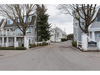 "Photo 2: 60 8930 WALNUT GROVE Drive in Langley: Walnut Grove Townhouse for sale in ""Highland Ridge"" : MLS®# R2141286"