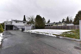 "Photo 3: 8530 152 Street in Surrey: Fleetwood Tynehead House for sale in ""FLEETWOOD"" : MLS®# R2143963"