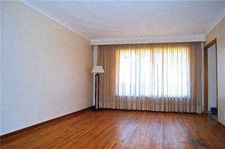Photo 6: 34 Chillery Avenue in Toronto: Eglinton East House (Backsplit 4) for sale (Toronto E08)  : MLS®# E3757375