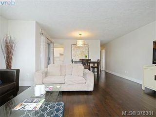 Photo 3: 406 1500 Elford St in VICTORIA: Vi Fernwood Condo Apartment for sale (Victoria)  : MLS®# 755566