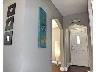 Photo 6: 221 Helmsdale Avenue in Winnipeg: East Kildonan Residential for sale (3D)  : MLS®# 1710180