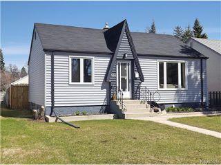 Photo 3: 221 Helmsdale Avenue in Winnipeg: East Kildonan Residential for sale (3D)  : MLS®# 1710180