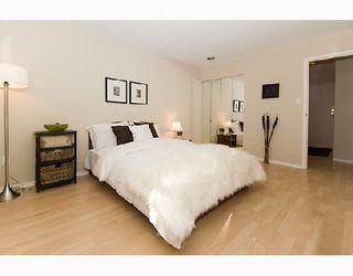 Photo 9: 1450 LABURNUM Street in Vancouver West: Condo for sale