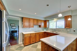 Photo 6: 6396 CHARING COURT in Burnaby: Buckingham Heights House for sale (Burnaby South)  : MLS®# R2183844