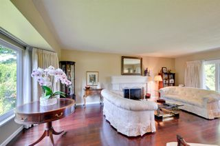 Photo 3: 6396 CHARING COURT in Burnaby: Buckingham Heights House for sale (Burnaby South)  : MLS®# R2183844