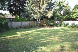 Photo 7: 17048 60 Avenue in Surrey: Cloverdale BC House for sale (Cloverdale)  : MLS®# R2186749