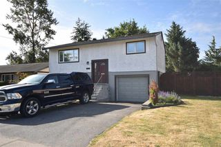 Photo 3: 17048 60 Avenue in Surrey: Cloverdale BC House for sale (Cloverdale)  : MLS®# R2186749