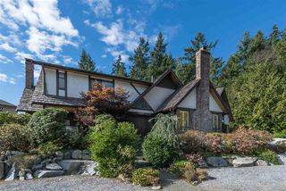 "Photo 18: 5007 PINETREE Crescent in West Vancouver: Upper Caulfeild House for sale in ""Caulfield"" : MLS®# R2208440"