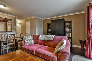 "Photo 2: 5 22411 124 Avenue in Maple Ridge: East Central Townhouse for sale in ""CREEKSIDE VILLAGE"" : MLS®# R2213357"