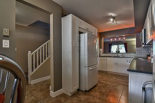 "Photo 6: 5 22411 124 Avenue in Maple Ridge: East Central Townhouse for sale in ""CREEKSIDE VILLAGE"" : MLS®# R2213357"