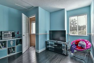 "Photo 19: 5 22411 124 Avenue in Maple Ridge: East Central Townhouse for sale in ""CREEKSIDE VILLAGE"" : MLS®# R2213357"