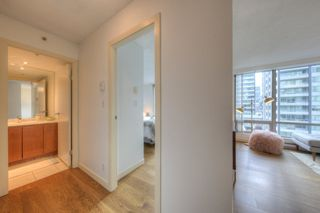 Photo 9: 807 1288 W GEORGIA Street in Vancouver: Downtown VW Condo for sale (Vancouver West)  : MLS®# R2219936