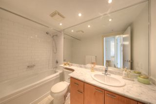 Photo 12: 807 1288 W GEORGIA Street in Vancouver: Downtown VW Condo for sale (Vancouver West)  : MLS®# R2219936