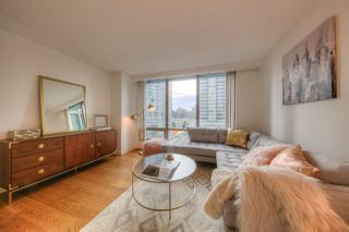 Photo 3: 807 1288 W GEORGIA Street in Vancouver: Downtown VW Condo for sale (Vancouver West)  : MLS®# R2219936